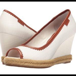 Lauren Ralph Lauren Shoes - ⭐️⭐️Lauren Ralph Lauren Peep Toe Sandals